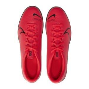 Vapor 13 Club Erkek Kırmızı Halı Saha Futbol Ayakkabısı AT7999-606