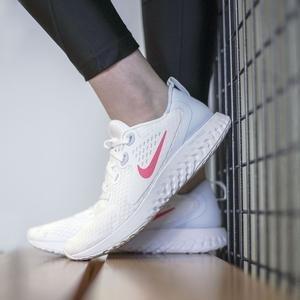 Legend React Kadın Beyaz Koşu Ayakkabısı AA1626-102