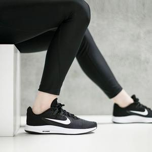 Downshifter 9 Kadın Siyah Koşu Ayakkabısı AQ7486-001