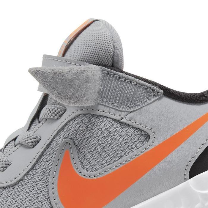 Nike Revolution 5 (Psv) Çocuk Gri Koşu Ayakkabısı BQ5672-007 1152853