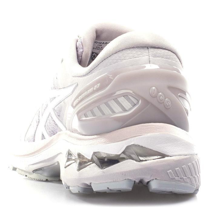 Gel-Kayano 27 Kadın Pembe Koşu Ayakkabısı 1012A649-250 1228153