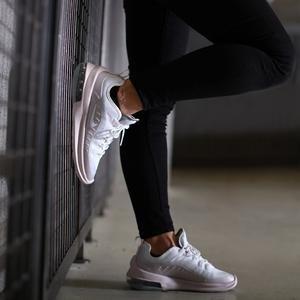 Air Max Kadın Beyaz Günlük Spor Ayakkabı AA2168-107