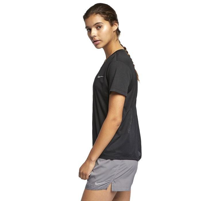 Miler Top Kadın Siyah Koşu Tişört AJ8121-010 1112624
